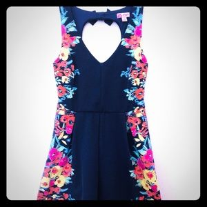 Candie's navy and floral keyhole back dress